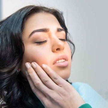 Are You Experiencing Gum Disease Symptoms?