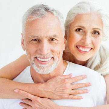 6 Useful Tips on Cleaning Dentures