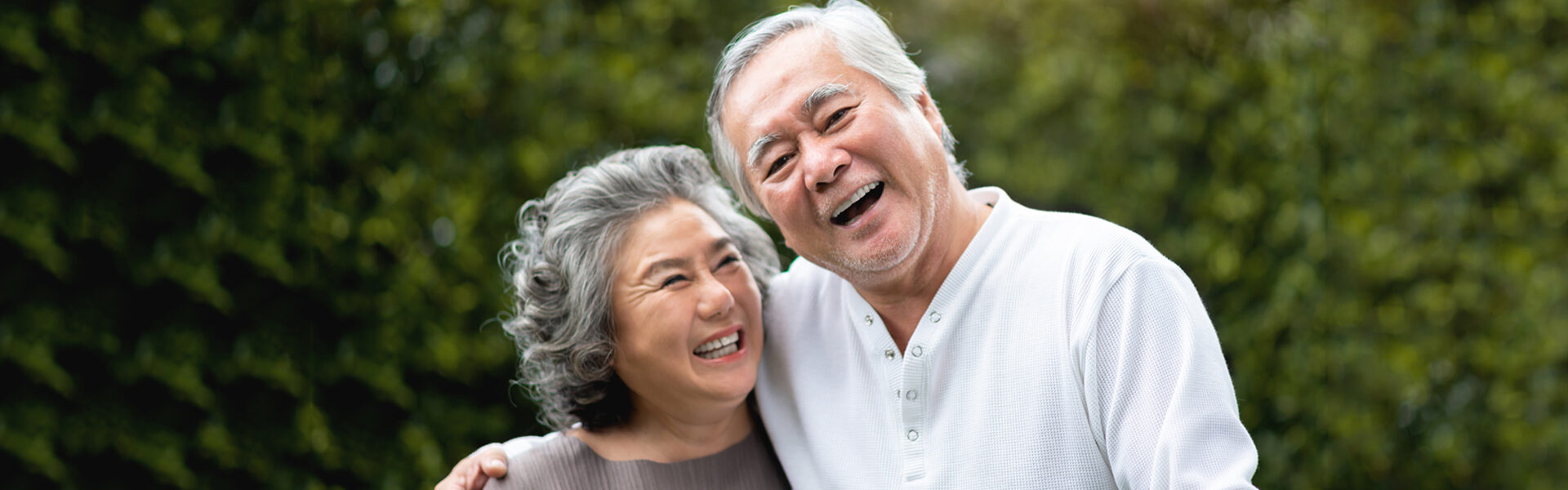Exploring The Differences Between Full Dentures and Partial Dentures